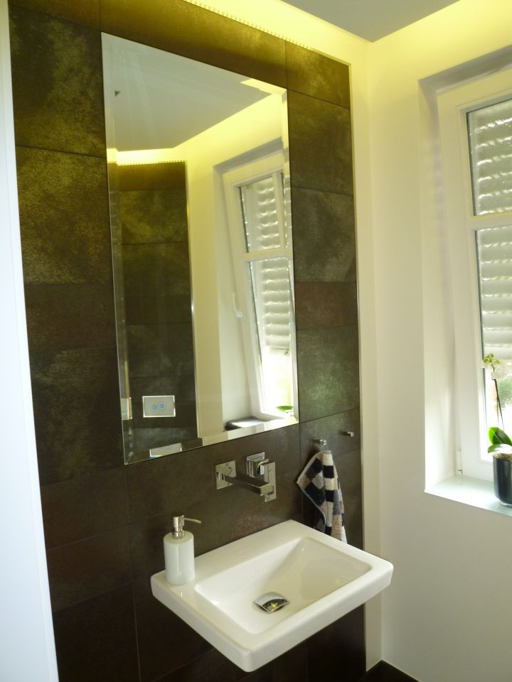 fliesen hinter waschbecken jpg hinter kaminfen with fliesen hinter waschbecken design bad. Black Bedroom Furniture Sets. Home Design Ideas